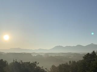 早朝の十勝岳